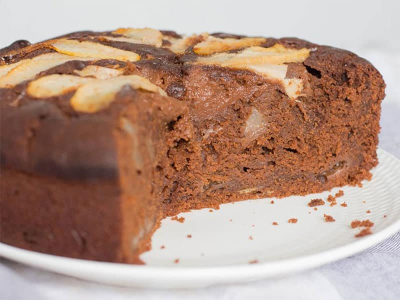 Gâteau noisettes-poire-chocolat